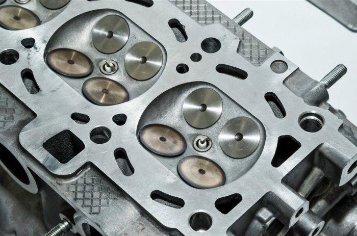 Головка блока двигателя ВАЗ-21179