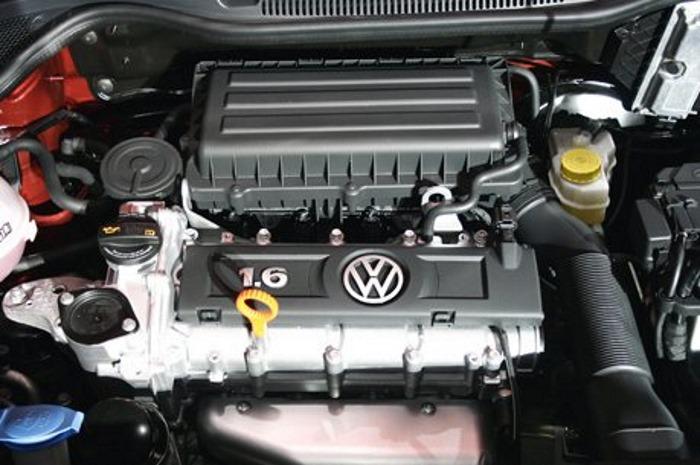 Двигатель 1, 6 литра Фольксваген Поло