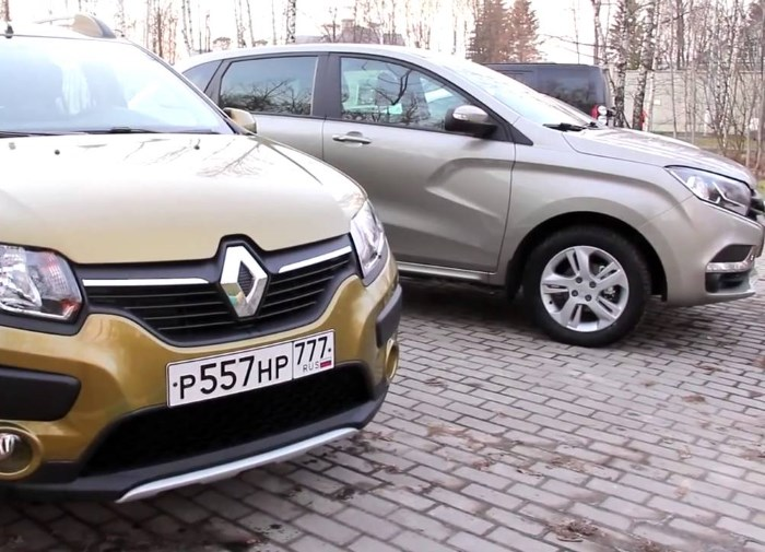 Lada X-Ray vs Renault Sandero