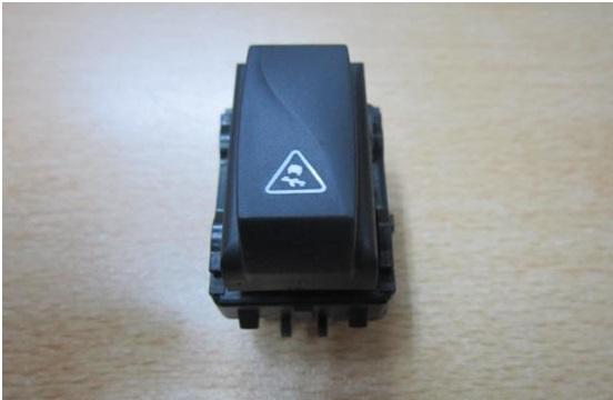 Кнопка ESP на Lada XRAY
