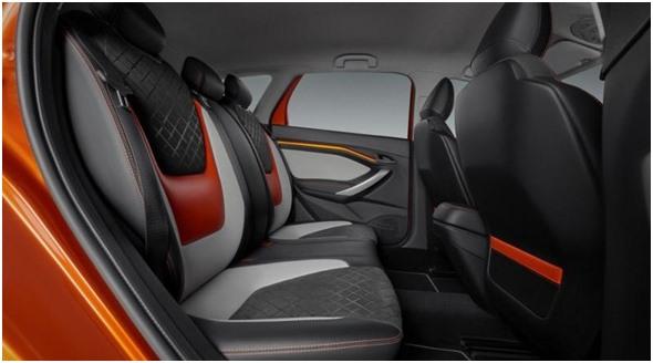 Авточехлы задних сидений на концепте Лада Веста